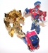 gold optimus prime (deluxe class) image 24